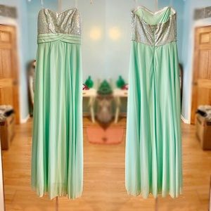 *QUICK SALE Beautiful sequins blue maxi dress